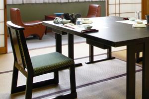 椅子とテーブルのご用意